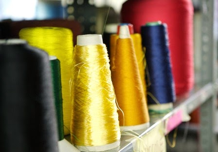 The structure of a natural fabric fiber is different from the structure of a synthetic fabric fiber.   MakersValley Blog