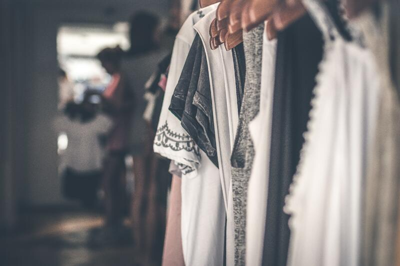 Choosing The Best Fabrics For Your Clothing Line_4