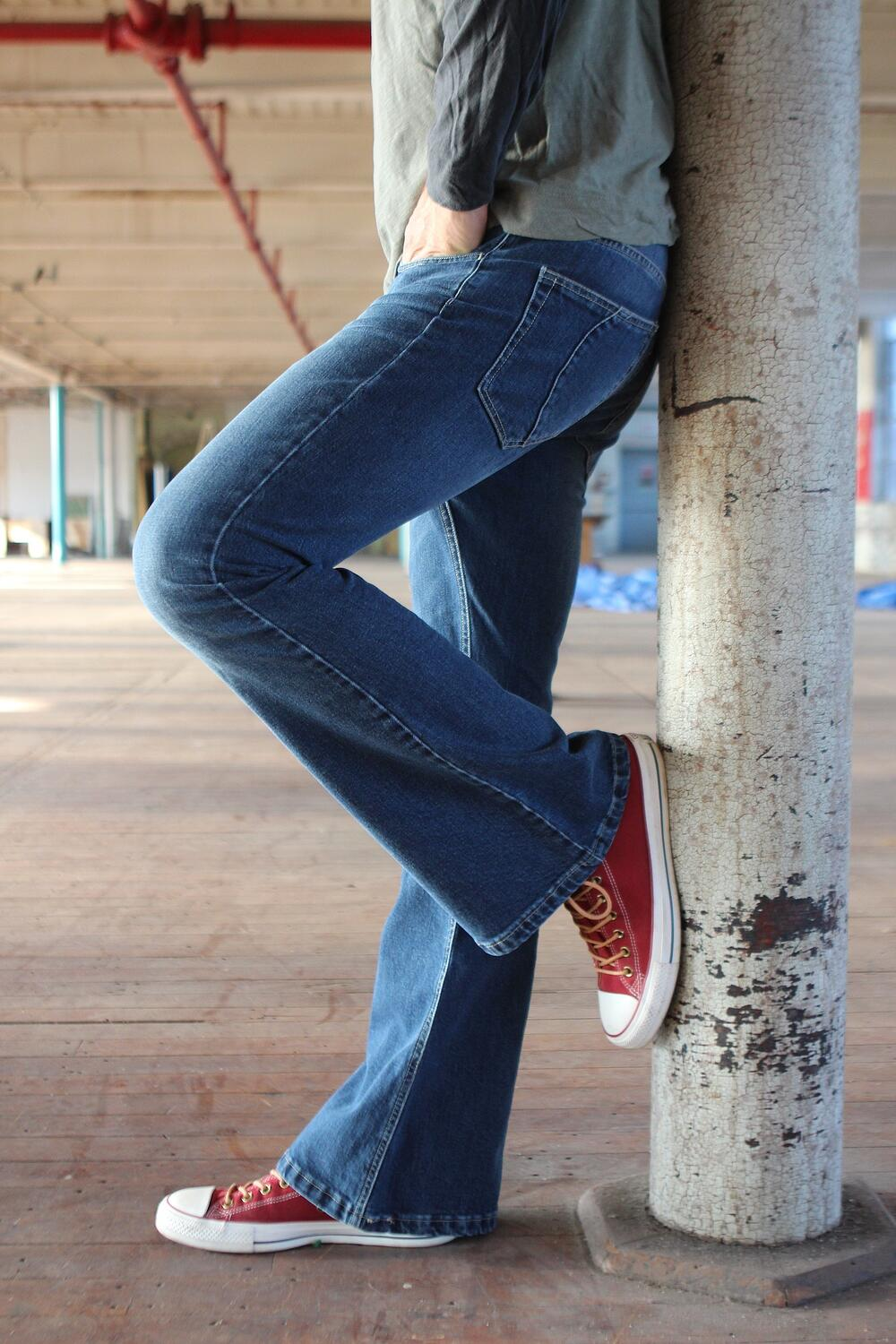 Create your custom pair of denim jeans, in Italy, just like this U.S. designer. - MakersValley Blog