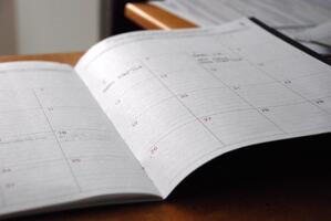 Keep fashion buyer customers happy with firm product delivery timelines. | MakersValley Blog