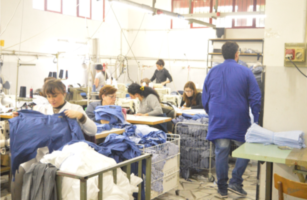 Learn the 5 Steps to create your own Made in Italy private label clothing line. - MakersValley Blog