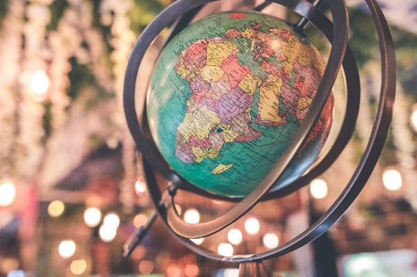 Globe. Fashion Location.