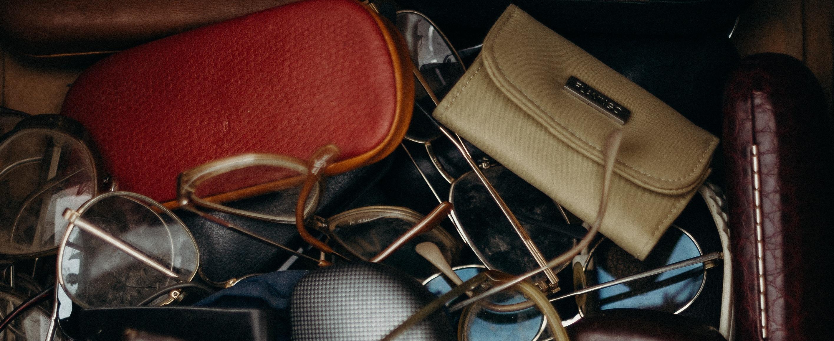 knockoff purses and sunglasses