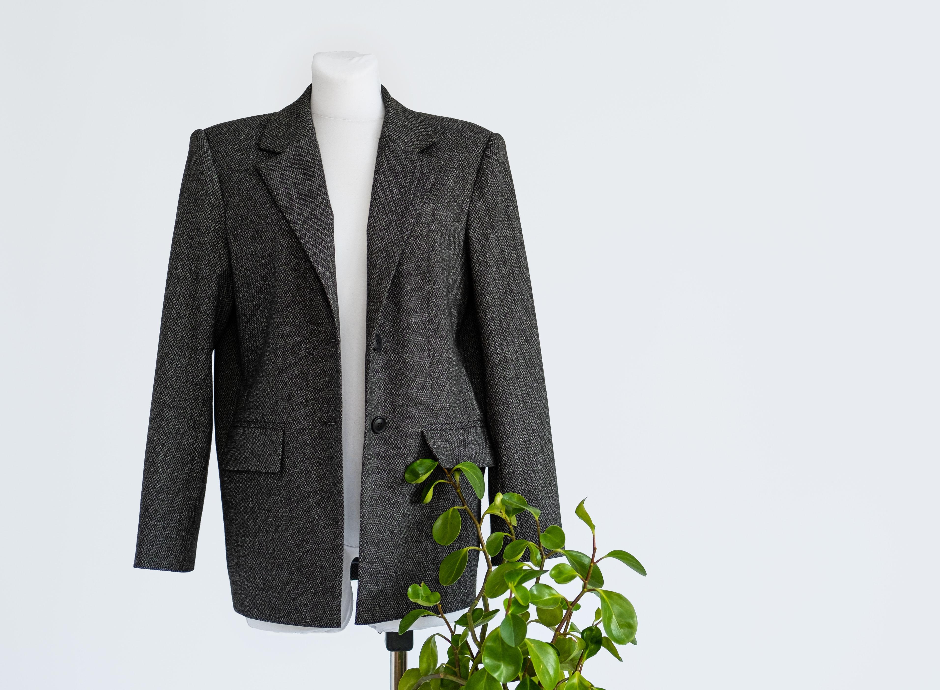 sustainable-fashion-organic-clothes-eco-clothing-e-WFEB5VZ